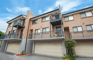Picture of 2/6-8 Melinda Grove, Lake Heights NSW 2502