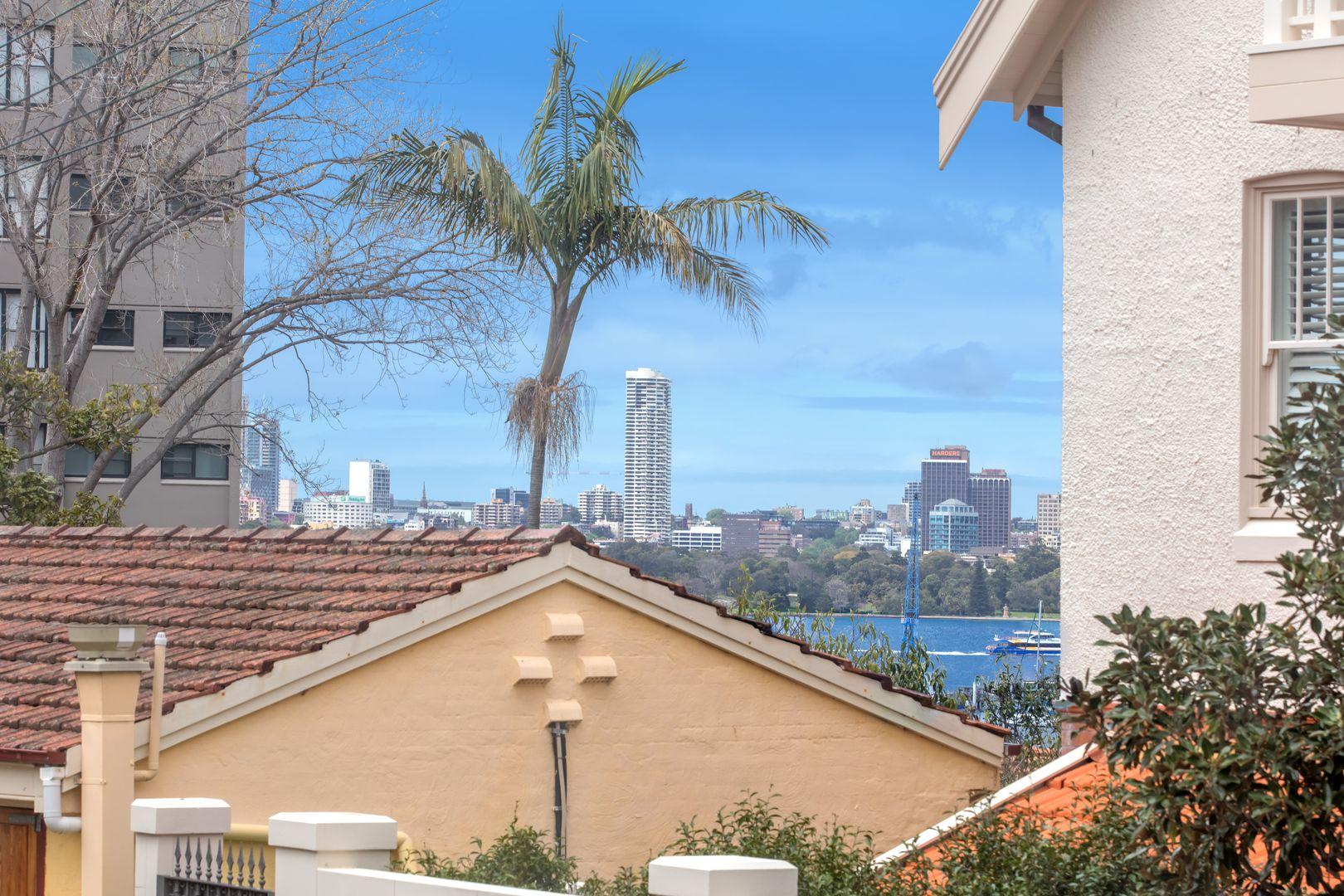 3/2B Wallaringa Avenue, Neutral Bay NSW 2089, Image 2