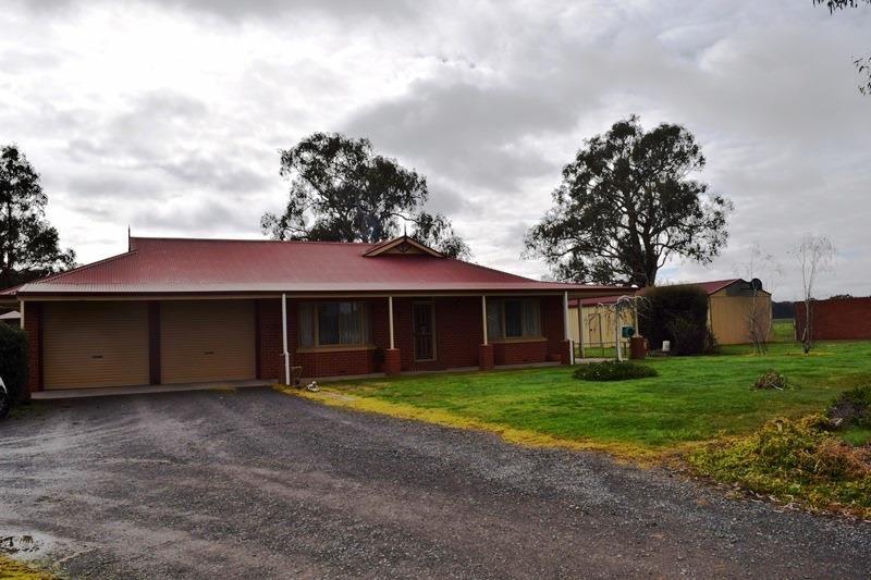 398 Markwood - Tarrawingee Road, Milawa VIC 3678, Image 0