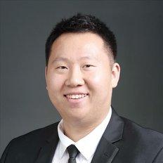 Korn Wang, Sales representative