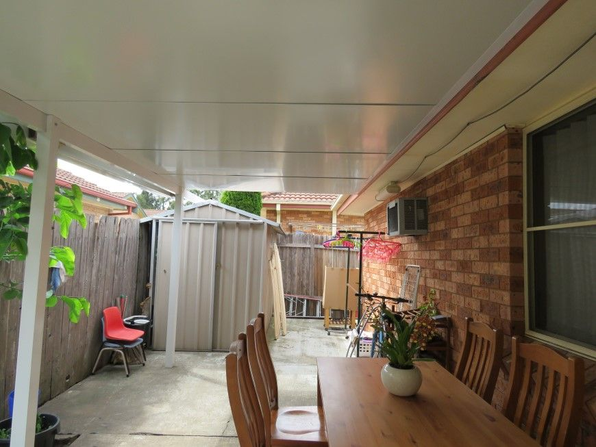 33 Sunny Place, St Johns Park NSW 2176, Image 2