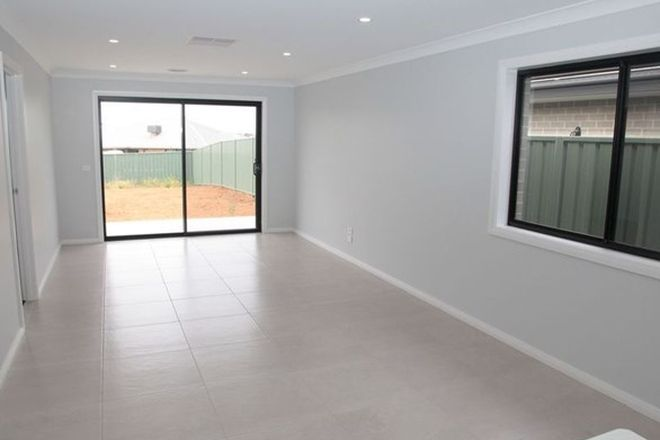 Picture of 2/5 Wollemi Street, FOREST HILL NSW 2651