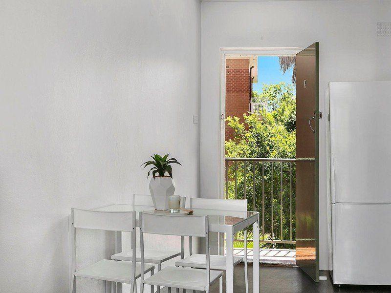 14/61 Smith Street, Wollongong NSW 2500, Image 2
