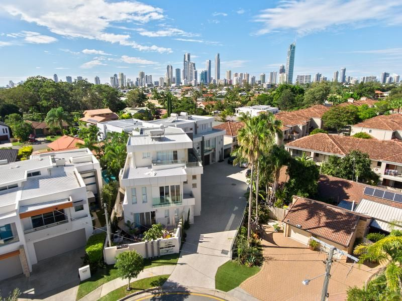 3/9 Esther Place, Surfers Paradise QLD 4217, Image 2