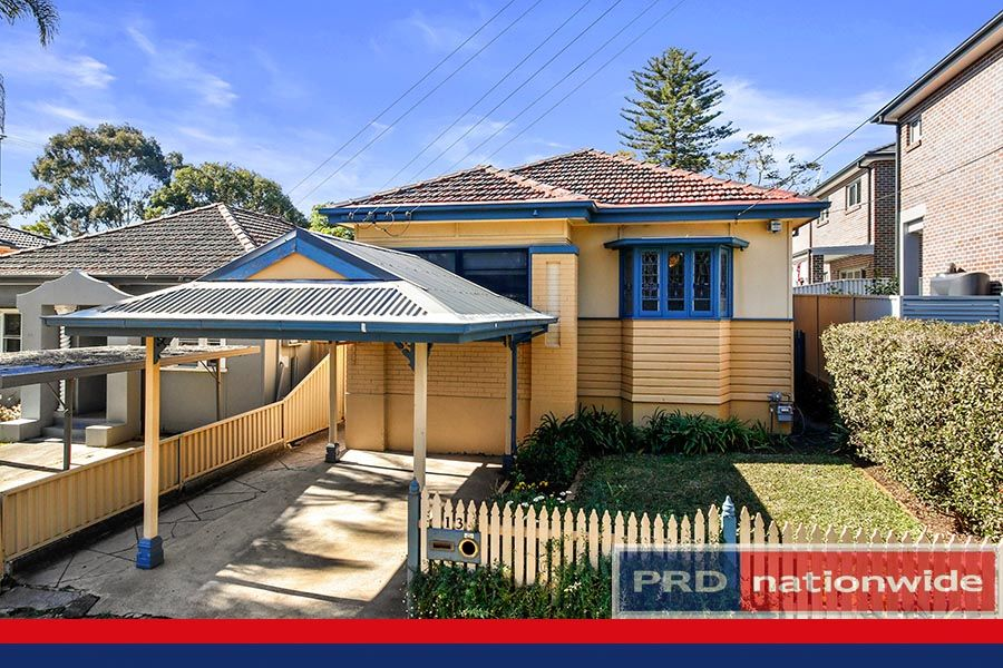 13 Gungah Bay Road, Oatley NSW 2223, Image 0