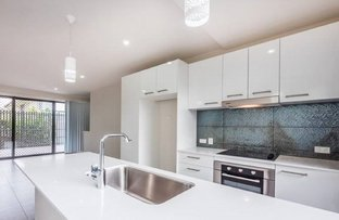 Picture of 3/15 Lytton Road, Bulimba QLD 4171