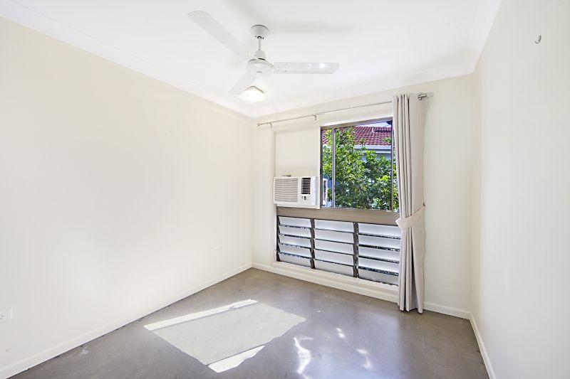4/6 Watson Street, Rosslea QLD 4812, Image 2