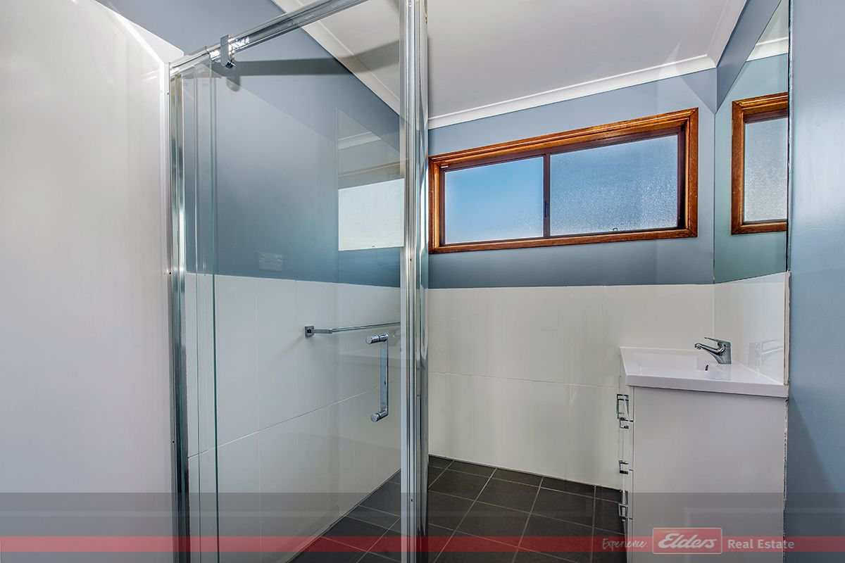 57 BEVERIDGES ROAD, Lakes Entrance VIC 3909, Image 2