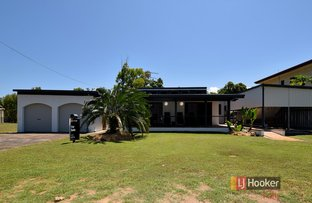 109 Taylor St, Tully Heads QLD 4854