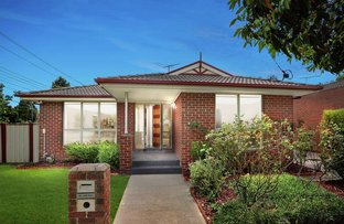 Picture of 1 Chippewa Avenue, Donvale VIC 3111
