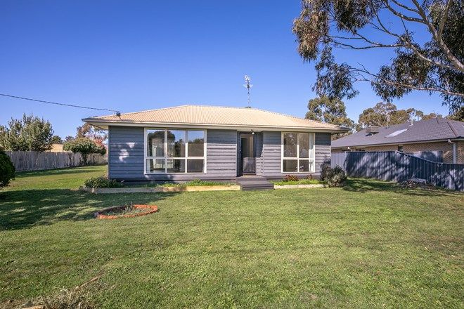 Picture of 32 McMasters Lane, LANCEFIELD VIC 3435