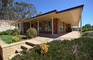 Picture of 14 Michael Court, Clare SA 5453