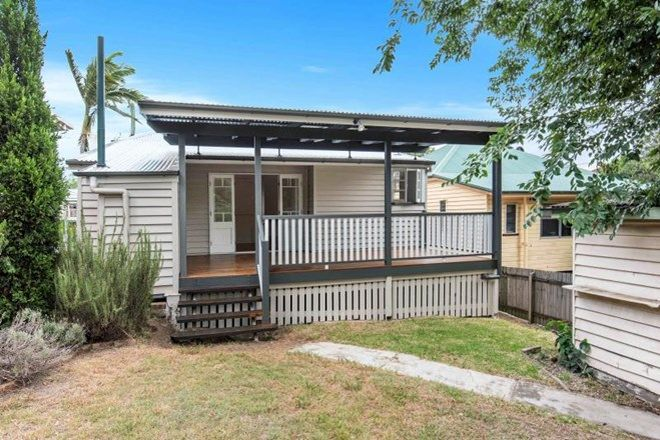 Picture of 67 Baroona Road, MILTON QLD 4064