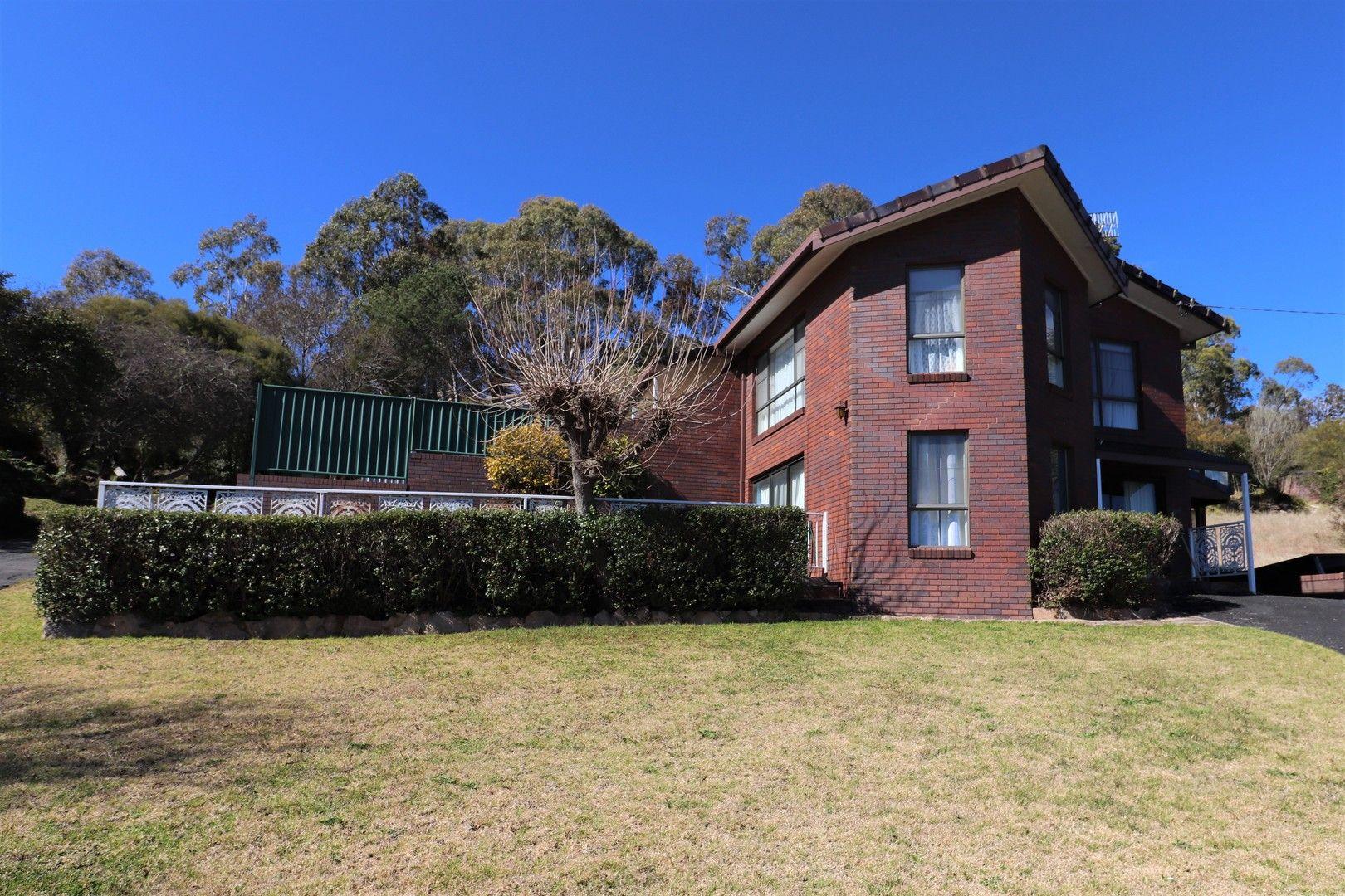 19 Bates, Glen Innes NSW 2370, Image 0