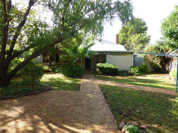 9 Carrington Street, Parkes NSW 2870, Image 2