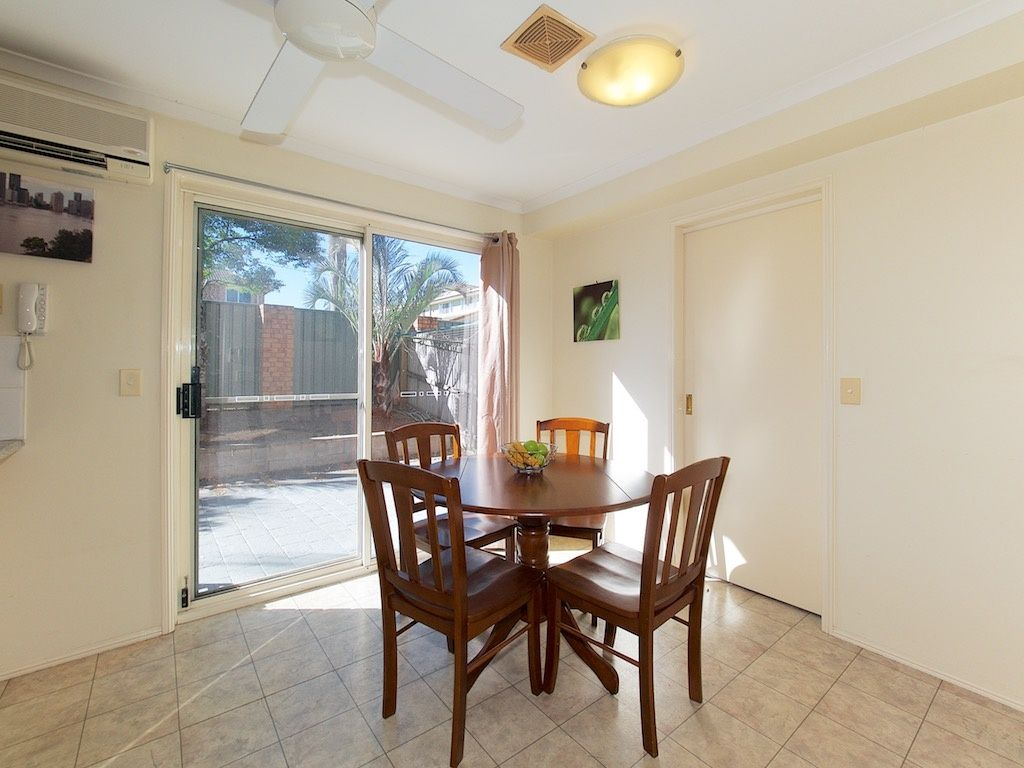 4/10 Harris Road, Underwood QLD 4119, Image 2