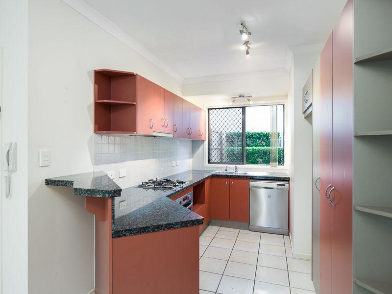 4/34 Douglas Street, Greenslopes QLD 4120, Image 0