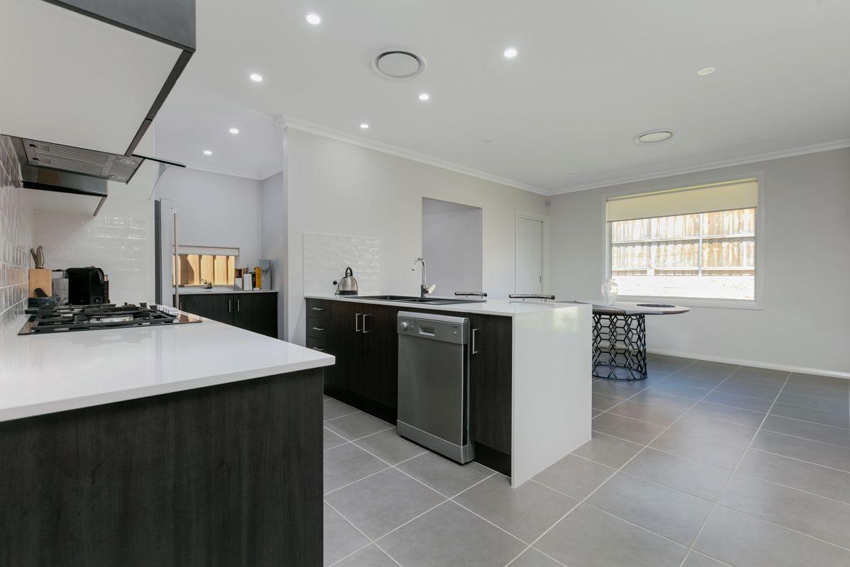 20 Serpentine  Avenue, Kellyville NSW 2155, Image 2