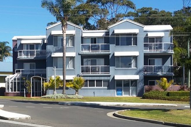 Picture of 6 & 7/19 Golf Avenue, MOLLYMOOK NSW 2539