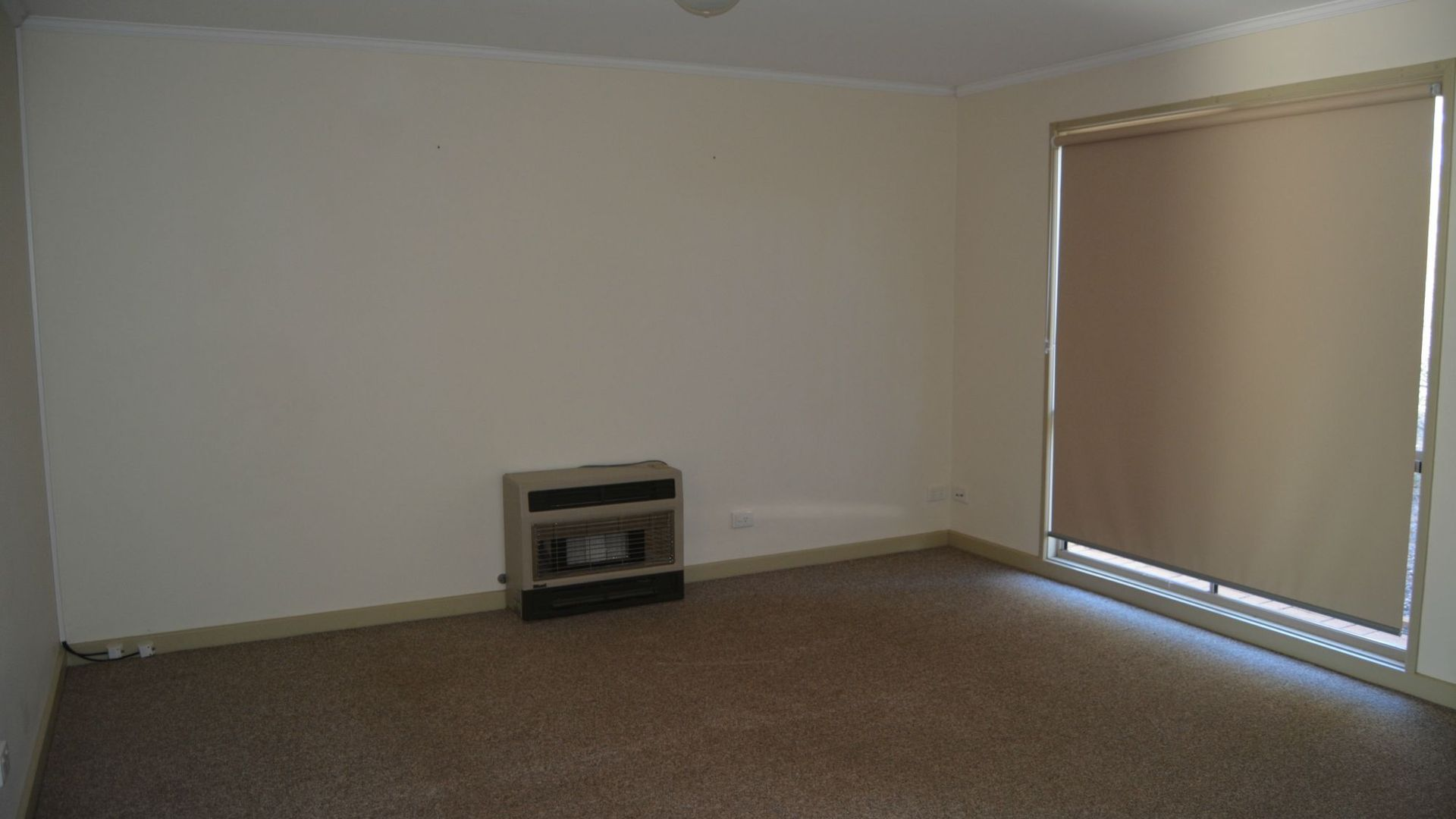 11 Finnis Street, Roxby Downs SA 5725, Image 2