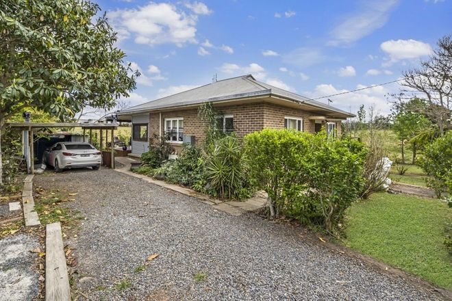 Picture of 8 Crottys Lane, YARRAVEL NSW 2440