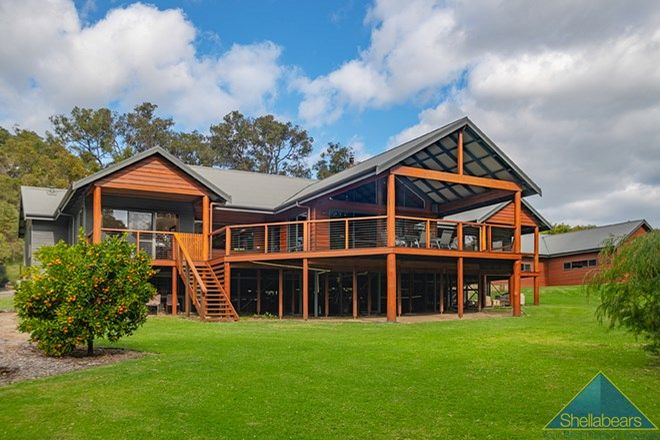 Picture of 23 Buckingham Grove, QUEDJINUP WA 6281
