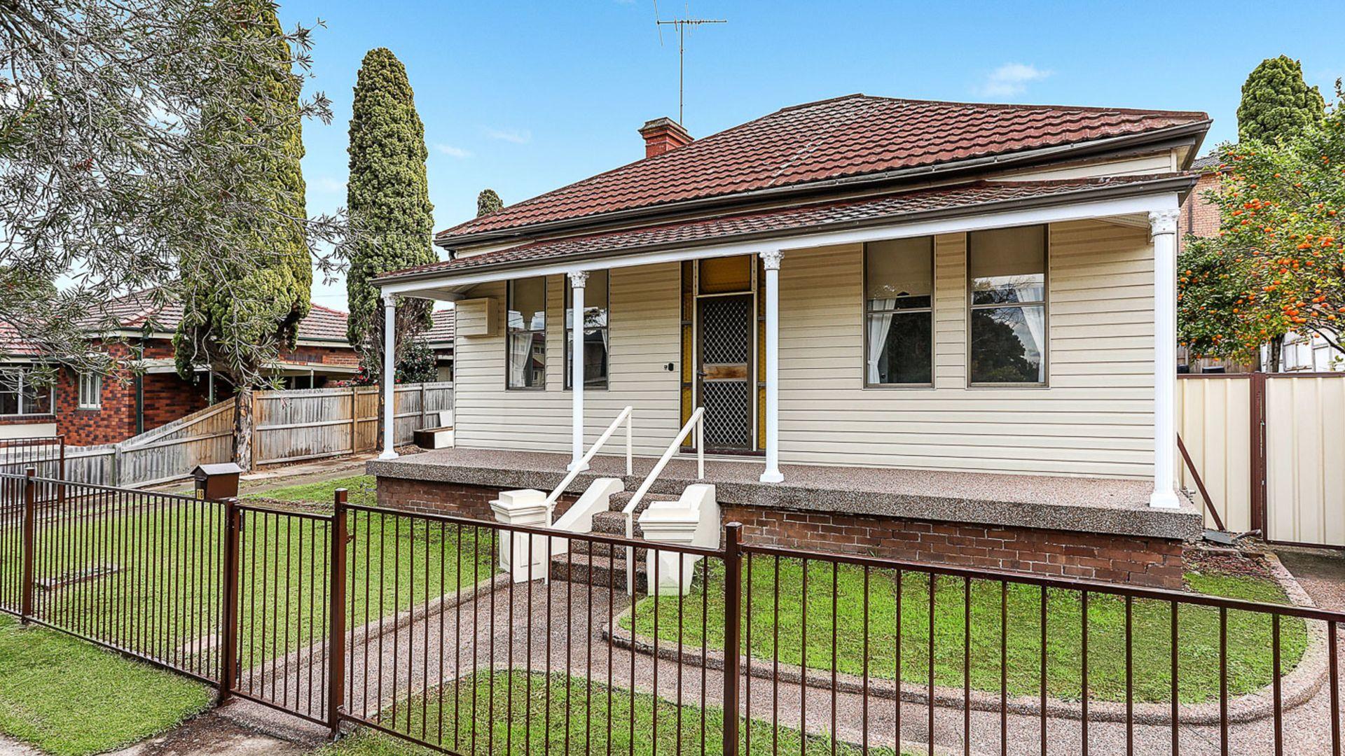 18 Durham Street, Carlton NSW 2218, Image 2