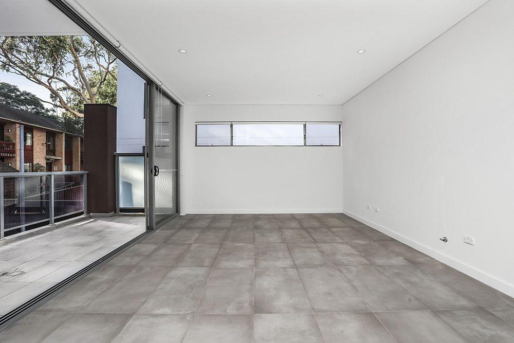 13/4-8 Hugh Avenue, Peakhurst NSW 2210, Image 1