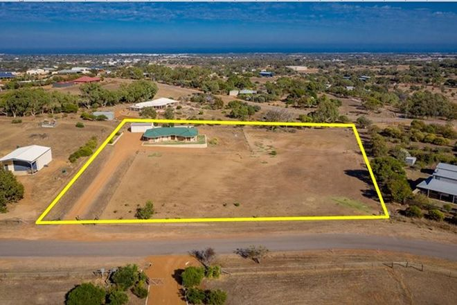 Picture of 10 Hill Creek Road, MORESBY WA 6530