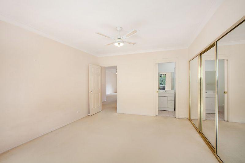 17/117 John Whiteway Drive, Gosford NSW 2250, Image 2