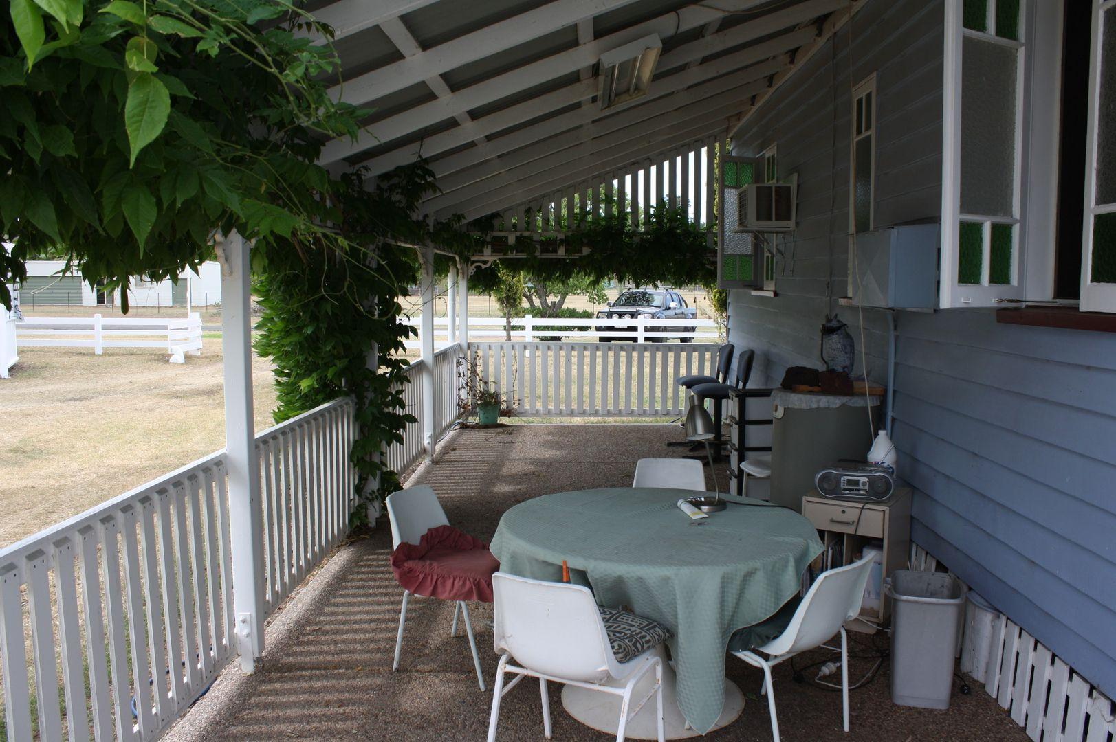 61 Perceval Street, Leyburn QLD 4365, Image 2