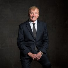 Gerry Bernhardt, Sales representative