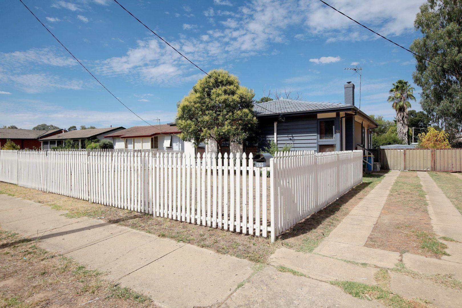 52 Ziegler Avenue, Kooringal NSW 2650, Image 0