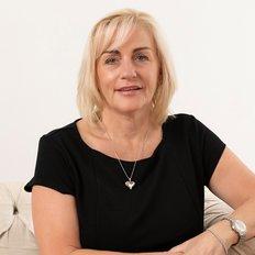 Jill Henry, Principal/Licensed Real Estate Agent