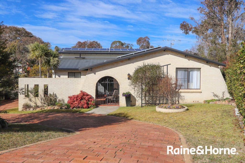 19 Weeks Place, West Bathurst NSW 2795, Image 0