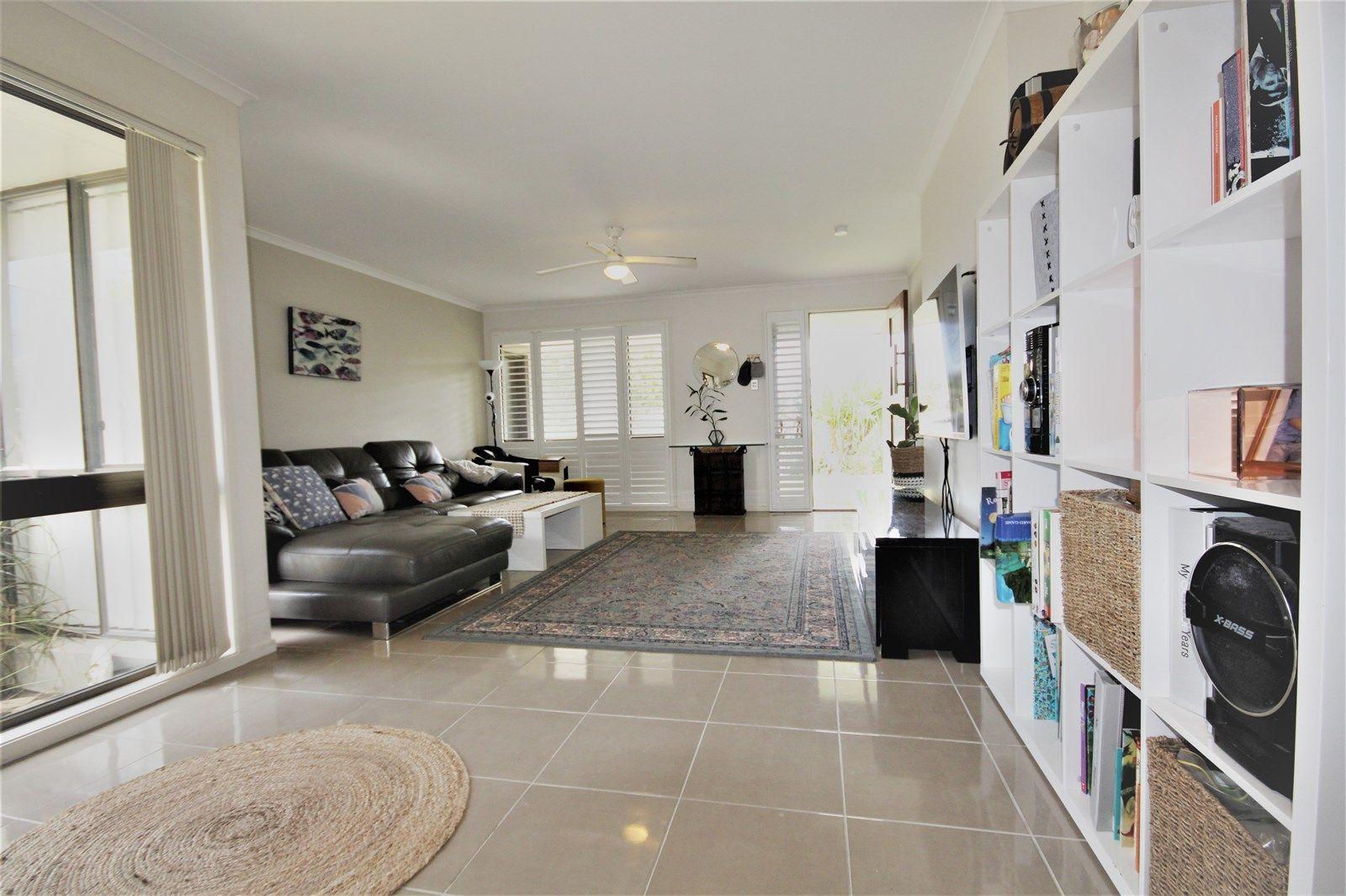 6 Mallard Place, Bokarina QLD 4575, Image 2