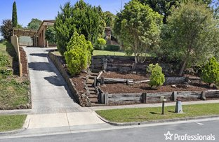 Picture of 17 Penola Drive, Seville VIC 3139