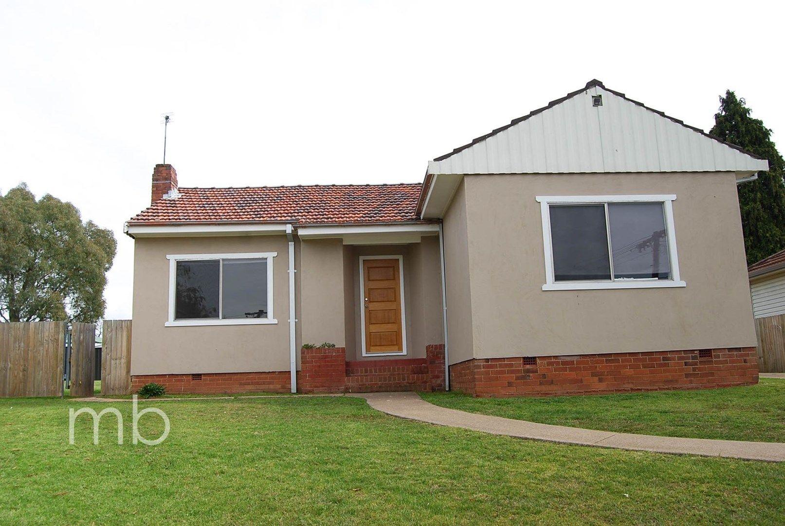 11 Tobruk Crescent, Orange NSW 2800, Image 0