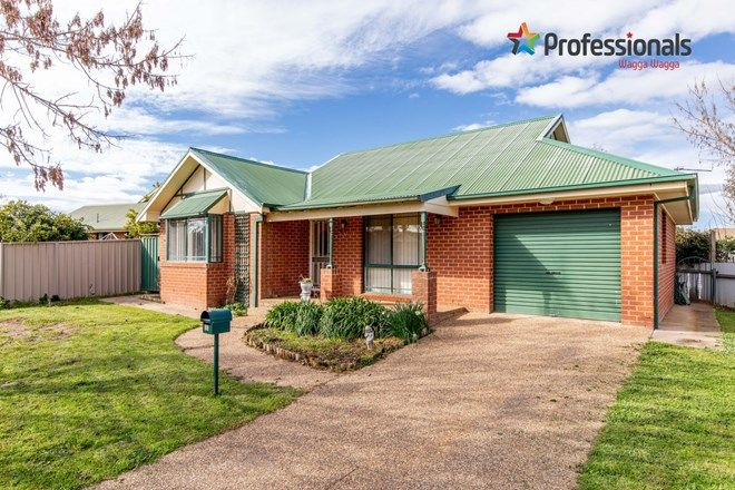 30, 2 Bedroom Houses for Sale in Wagga Wagga, NSW, 2650 | Domain