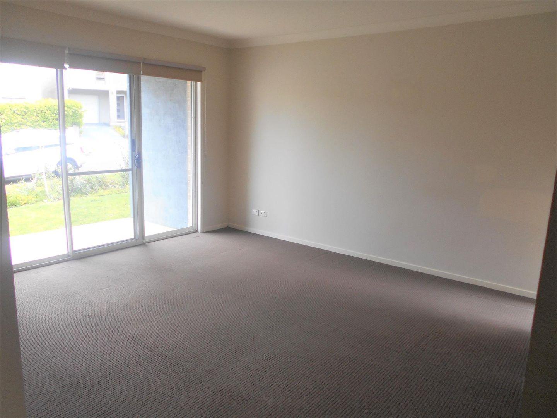27 Carlton Road, Campbelltown NSW 2560, Image 1