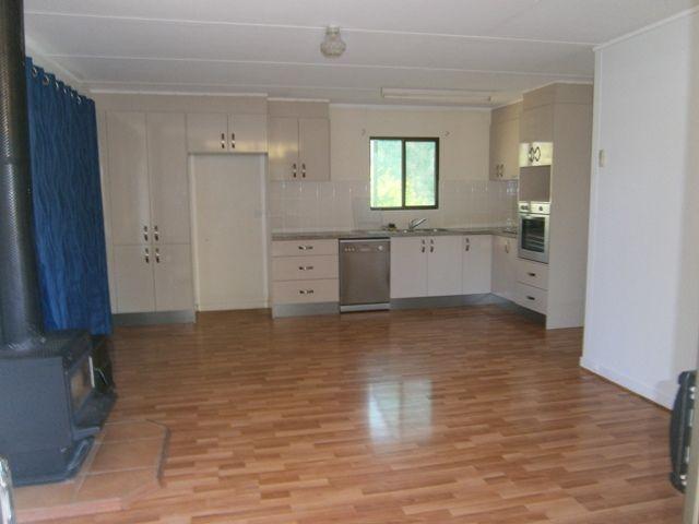11 Taylor Street, Cecil Plains QLD 4407, Image 1