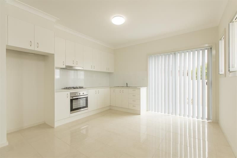 1/125 Lake Entrance Road, Barrack Heights NSW 2528, Image 2
