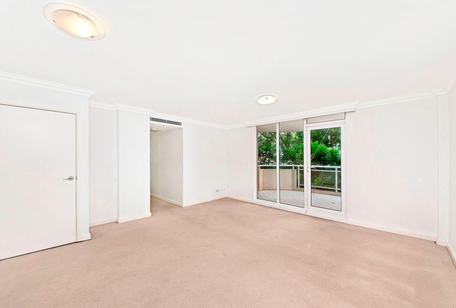 8/2 Pound Road, Hornsby NSW 2077, Image 2