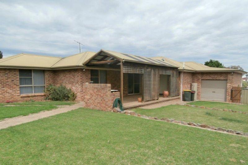 46 Dry Street, Boorowa NSW 2586, Image 1
