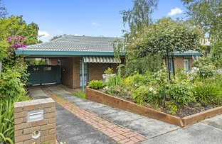 Picture of 4 Canova Drive, Glen Waverley VIC 3150