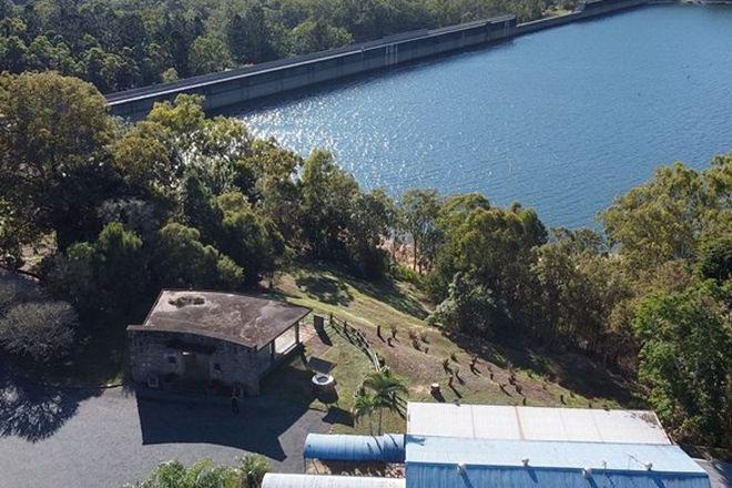 Picture of 2-4 Tinaroo Lookout Road, TINAROO QLD 4872