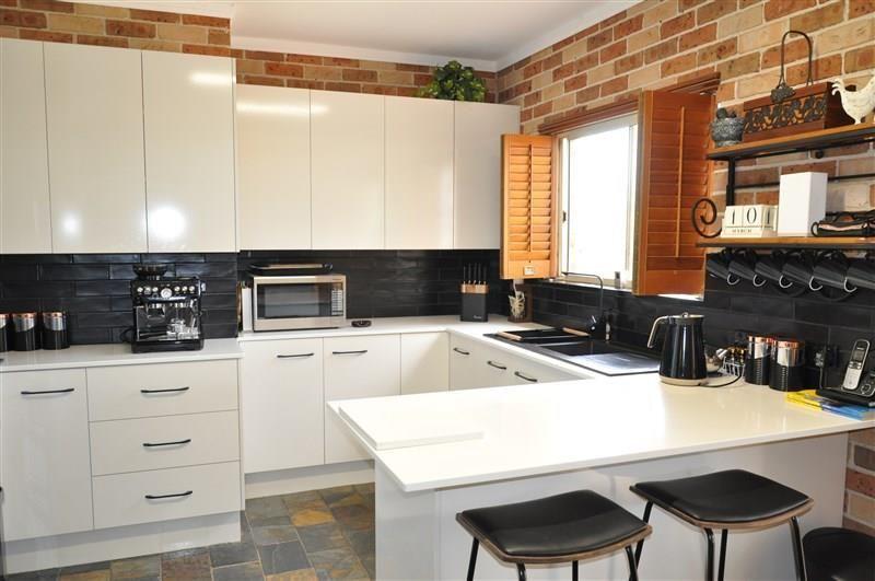 2/122 York Street, Forbes NSW 2871, Image 1