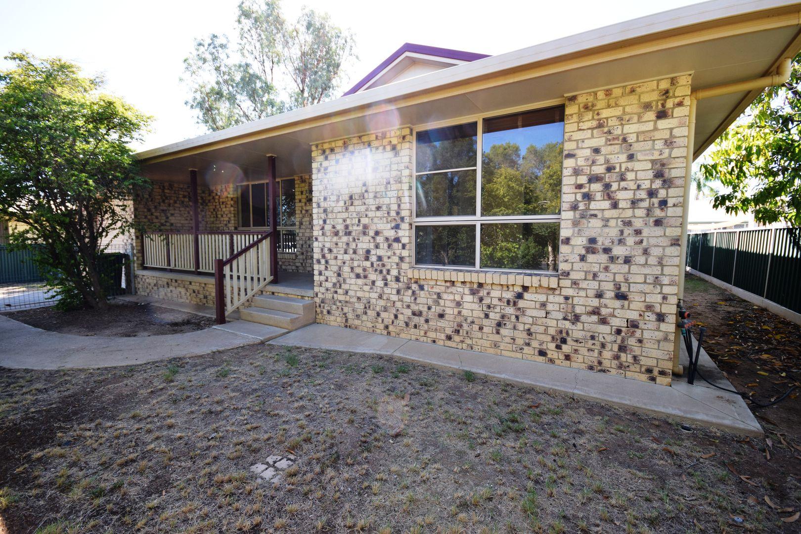 4 Jabiru Street, Longreach QLD 4730, Image 0