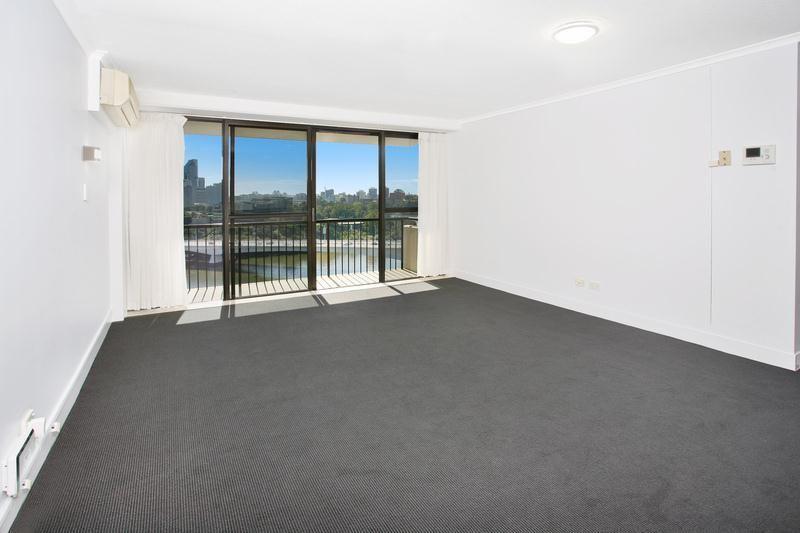 58/21 Dock Street, South Brisbane QLD 4101, Image 1