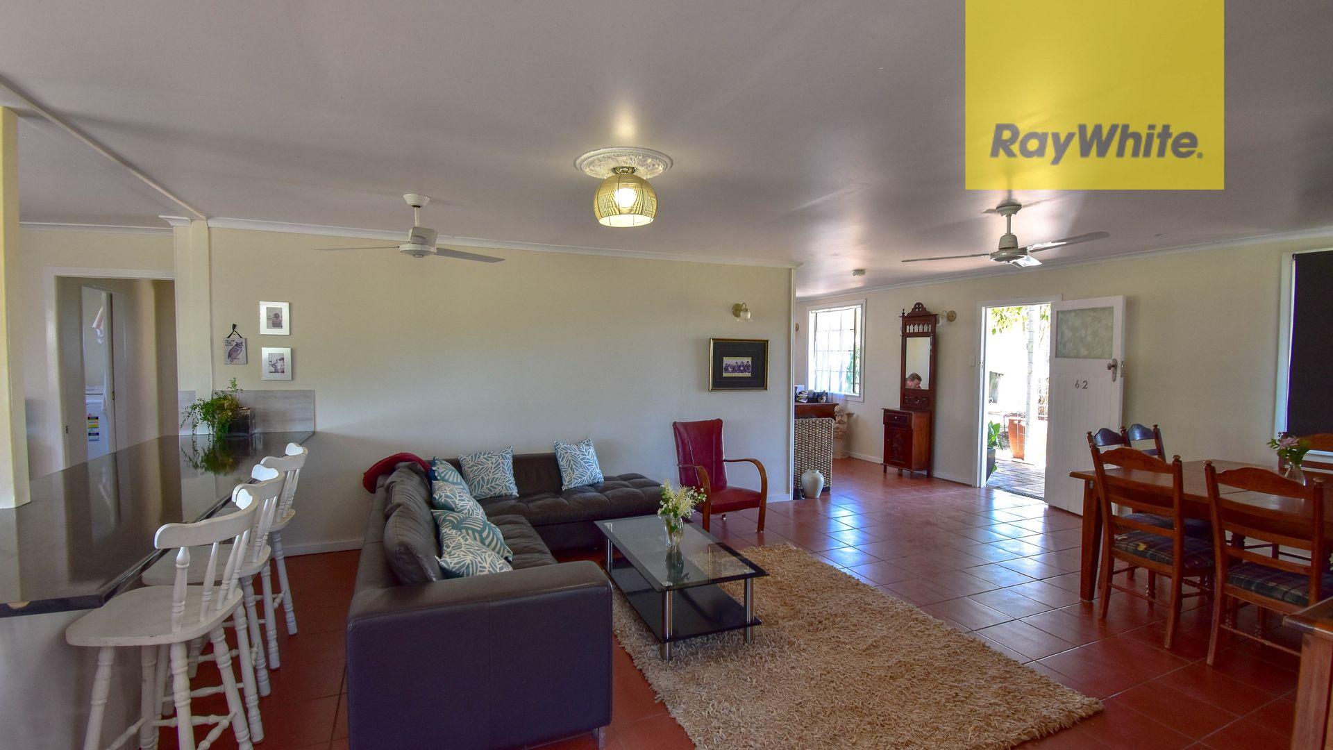 62 Galah Street, Longreach QLD 4730, Image 2